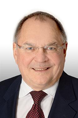 Dipl.-Ing. Dr. Michael SCHUSSEK